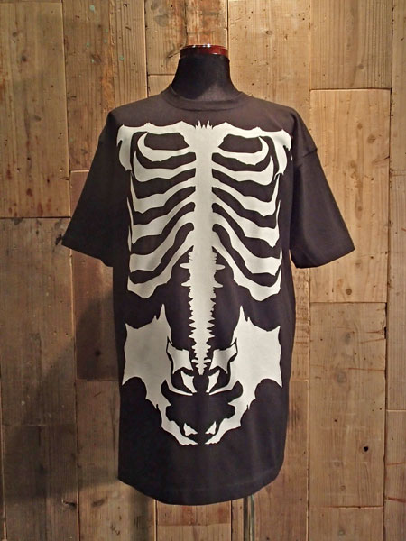画像1: BALZAC BONE BIG T-SHIRT (BK) (1)